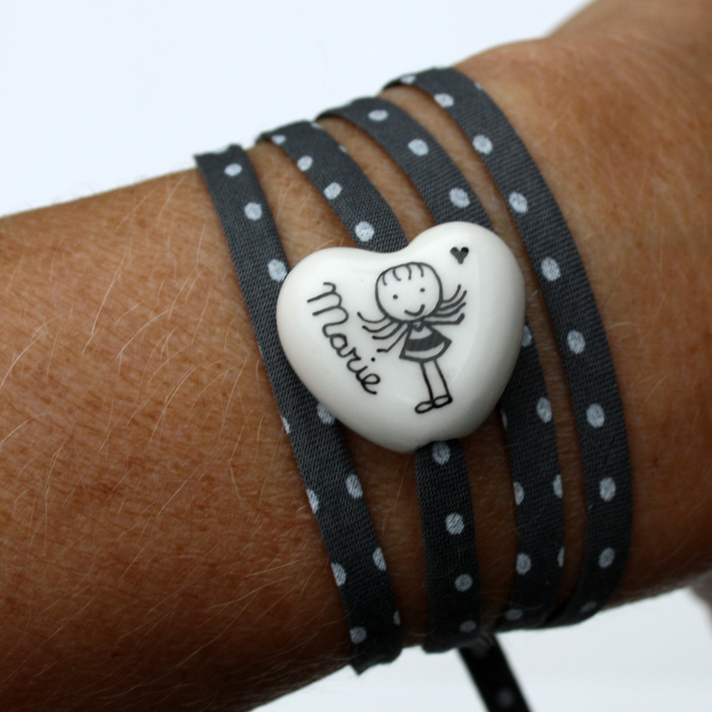 bracelet personnalis c ur bomb claudia ladri re cr ations. Black Bedroom Furniture Sets. Home Design Ideas