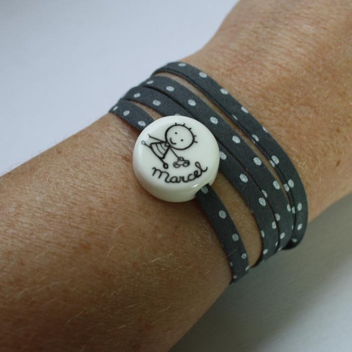 bracelet personnalis petit rond cadeau b pteme claudia. Black Bedroom Furniture Sets. Home Design Ideas