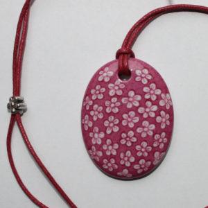 pendentif medaillon collier rose petites fleurs claudia ladriere2