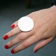 bague porcelaine blanche