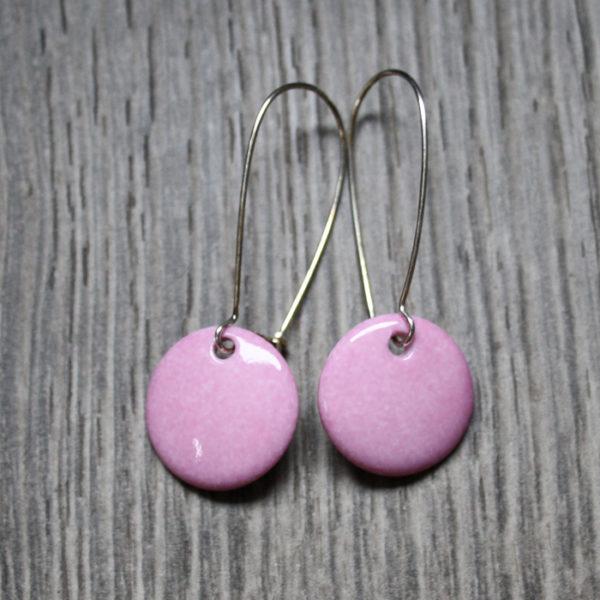 boucle d'oreille rose